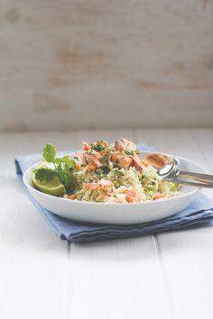 Raffinierte Feierabendküche: Blumenkohl-Couscous mit Lachsfilet aus dem Ofen / moey's kitchen
