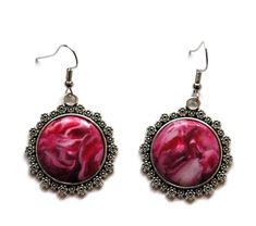 boucles d'oreilles baroques cabochons tons rouges Baroque, Cabochons, Creations, Drop Earrings, Jewelry, Fashion, Boucle D'oreille, Fimo, Hands