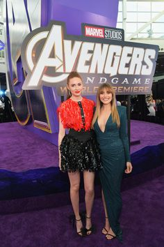 """Karen Gillan and Elizabeth Olsen attend the Los Angeles World Premiere of Marvel Studios' """"Avengers: Endgame"""" at the Los Angeles Convention Center on April 2019 in Los Angeles, California. Get premium, high resolution news photos at Getty Images Top Celebrities, Hollywood Celebrities, Celebs, Nebula Marvel, Elizabeth Olsen Scarlet Witch, Mary Elizabeth, Los Angeles Convention Center, Avengers Cast, Karen Gillan"""
