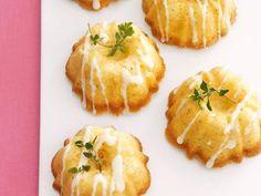 For the love of lemon! Mini Olive Oil Cakes with Lemon Glaze