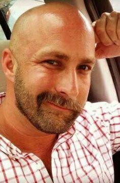 Bald Head With Beard, Bald Men With Beards, Bald Man, Hairy Men, Beard No Mustache, Moustache, Beard Fade, Men Beard, Bald Men Style