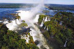 Cataratas do Iguaçu, no Parque Nacional do Iguaçu, Paraná.