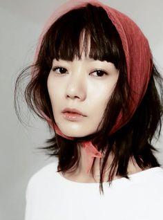 Bae Doo-na // High Cut - I like this hair cut...and the simple minimal makeup- so pretty.