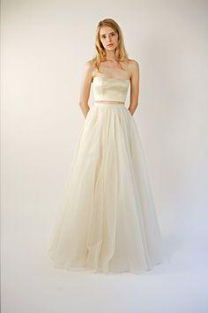 Silk Organza Skirt Separate Farrah Skirt by Leanimal on Etsy 2 Piece Wedding Dress, One Shoulder Wedding Dress, Wedding Dresses, Leanne Marshall, White Gowns, Fall Skirts, Silk Organza, Bridal Gowns, Feminine