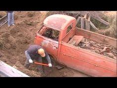 Forgotten Volkswagen Single Cab - YouTube Vw Bus, Volkswagen, T1 T2, Mini Trucks, Dashcam, Barn Finds, Rat, Aquarium, Engineering
