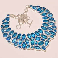 Seeking opulence? Look no further than this stunning necklace, which flaunts a…
