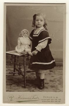 A-BEAUTIFUL-LITTLE-GIRL-WITH-ATTITUDE-POSES-WITH-HER-BEAUTIFUL-DOLL-GERMAN-CDV