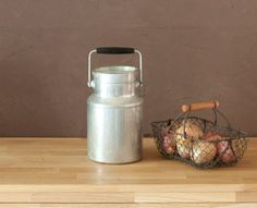 Aluminium Milk jug  French vintage  Home Decor  par FrenchBaguette