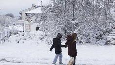 ΕΚΤΑΚΤΟ ΔΕΛΤΙΟ ΕΠΙΔΕΙΝΩΣΗΣ ΚΑΙΡΟΥ ΤΗΣ ΕΜΥ – Οδηγίες από την Πολιτική Προστασία της ΠΚΜ Thessaloniki, Snow, Outdoor, Outdoors, Outdoor Games, The Great Outdoors, Eyes, Let It Snow