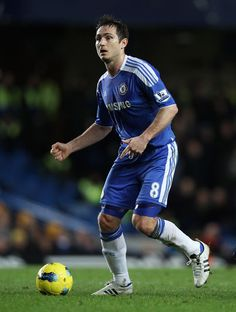 Sir Alex Ferguson has quashed speculation linking Chelsea's Frank Lampard with a move to Manchester United.