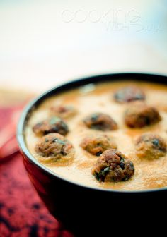 Lauki Palak Ke Kofte (Kofta) Masala | Bottle Gourd and #Spinach Balls in Tomato Gravy #Recipe + winners for the giveaways