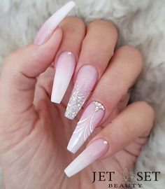 48 cute and lively pink solid color bride nails suitable for any place page 45 of 48 00151 com is part of nails - nails Aycrlic Nails, Glam Nails, Cute Nails, Hair And Nails, Coffin Nails, Stiletto Nails, Nail Nail, Bling Nail Art, Nail Polish