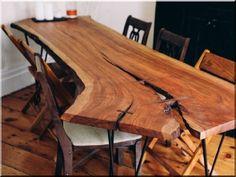 Rusztikus, tömör tölgyfa asztal