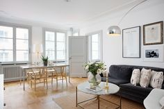 light grey walls white trim living room how to arrange furniture with a fireplace for the home pinterest per jansson rooms tall ceilings wall color