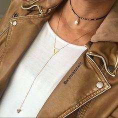 O que falta no seu look esta aqui www.mercadodejoias.com @andreazanello Andrea Zanello Semijoias Vitória-ES #semijoias #acessorios #Jewel #amei #brincos #itgirl #moda #tendencias #jewelry #today #amomuito #saopaulo #estilo #glamour #folheados #bruto #bijouterias #bijoux #altabijoux