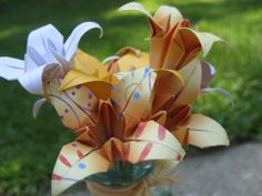 Mini Yellow & White Paper Flower Bouquet. by TreeTownPaper on Etsy, $14.00