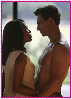 Awwww Fitz is shirtless!
