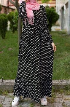 Maxi dresses with hijab styles Abaya Fashion, Muslim Fashion, Modest Fashion, Fashion Outfits, Women's Fashion, Abaya Designs, Kurti Neck Designs, Modele Hijab, Hijab Fashion Inspiration