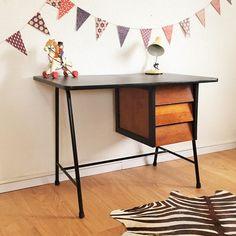 Bureau vintage moderniste, bois et métal, pièce unique