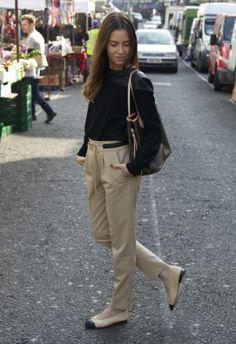 Pantalones Beige   Zara , Otoño-Invierno 2014. En el armario de martacarriedo desde el 19-3-2014 Zara, Khaki Pants, My Style, Outfits, Top, Fashion, Beige Pants, Fall Winter 2014, Style
