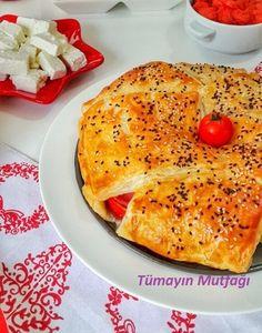 KAPALI MİLFÖY PİZZASI; http://www.tumayinmutfagi.com/TarifYorum-1134-yemek-tarifleri_kapali-milfoy-pizzasi.htm