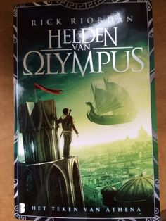 Dutch cover for mark of athena and nicos on the front! how come they get a cover with nico on it ! the mark of athena Percy Jackson Books, Percy Jackson Fandom, Solangelo, Percabeth, Mark Of Athena, Leo Valdez, Rick Riordan Books, Uncle Rick, Jason Grace