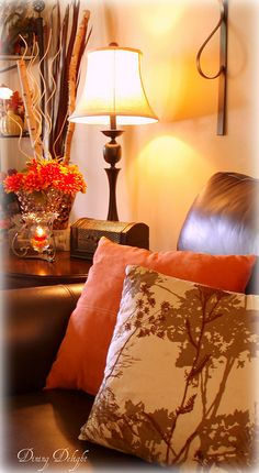 Fall Pillows in Living Room Fall Pillows, Living Room, Brown Living Room, Interior Design Living Room, Autumn Home, Living Room Themes, Cozy House, Living Room Orange, Room