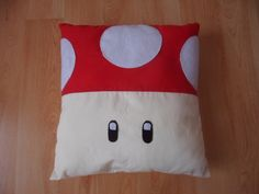Super Mario Mushroom Cushion/Pillow by Karinnn on Etsy note to self change to mach palit Super Mario Room, Video Game Party, Mario Bros., Geek Crafts, Cushions, Pillows, Cushion Pillow, Cute Kids, Nintendo