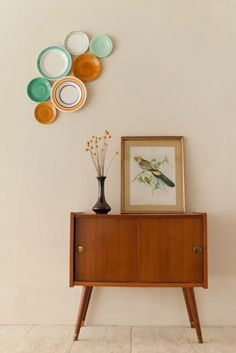 "Decorative vintage wall plates ""Mint Tea"".  via Etsy."