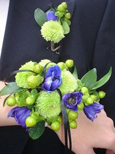 Wristlet bridal bouquet-A wristlet or flower bracelet bouquet is a wrist corsage. This small bouquet is popular with brides and bridesmaids who want to remain hands-free. The flowers and foilage is attached to a wrist bracelet.
