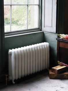 The Duchess is a traditional cast iron radiator with its simple yet fresh appearance with a slow curving top and rounded columns. This traditional cast iron radiator is a real modern classic that will make a feature in any home. Old Radiators, Column Radiators, Cast Iron Radiators, Renaissance, Traditional Radiators, Vintage Interiors, Georgian Interiors, Architectural Antiques, Houses