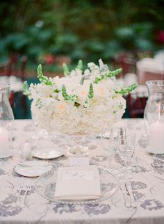 inspiration | all white wedding centerpieces | miami wedding at villa woodbine | michelle march photography | via: style me pretty