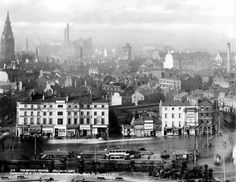 Liverpool Picturebook a site featuring a collection of old photographs and pictures of Liverpool, and Liverpool History, updated regularly. The history of Liverpool in Pictures Liverpool Town, Liverpool Docks, Liverpool History, City North, Old Street, Southport, Old Photos, Paris Skyline, The Good Place