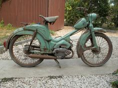 Berva 1958 Moped Scooter, Scooter Girl, Old Motorcycles, Classy Cars, Motor Scooters, 50cc, Motorbikes, Bicycle, Vehicles