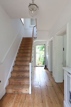 Natural pine flooring and staircase . Natural pine flooring and staircase Style At Home, Interior And Exterior, Interior Design, Interior Doors, Interior Livingroom, Wooden Stairs, Rustic Stairs, Entryway Stairs, Basement Stairs