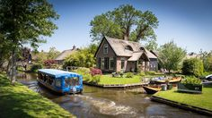 """Giethoorn, the """"Venice of the north"""""""