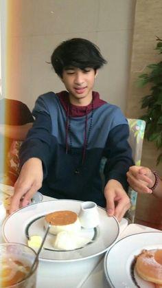 Wallpaper Aesthetic, Aesthetic Boy, Boyfriend Material, Cute Boys, Chara, Salsa, Korea, Random, Pictures