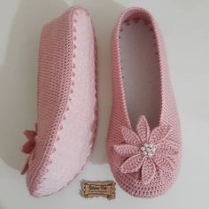 Tory Burch Flats, Slippers, Shoes, Instagram, Fashion, Moda, Sneakers, Shoe, Shoes Outlet