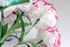 A great idea to use Kleenex and markers to make a flower bouquet that will never wilt. What we need: Tissues – 3 ply for extra fluffy flowers Bobby pins Markers Scissors Floral tape Dollar store fake flowers if you want to make a bouquet Pictures Source:themotherhuddle.com