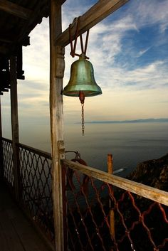 Ring the bell. Landscape Photography Tips, Landscape Photos, Scenic Photography, Night Photography, The Holy Mountain, Pompeii Italy, Go Greek, Sacred Architecture, Orthodox Icons