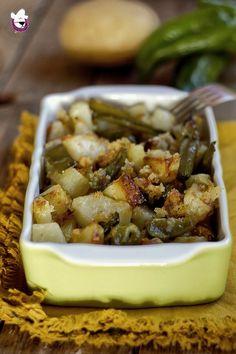 #ricettadelgiorno PATATE E FRIGGITELLI AMMOLLICATI al FORNO  http://blog.giallozafferano.it/sognandoincucina/patate-e-friggitelli-ammollicati-al-forno/