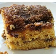Cinnamon Coffee Cake II | Tastes great for breakfast, brunch or dessert. May also be made in a Bundt pan.
