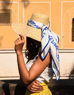 Effortless summer style - simply wrap your favourite silk scarf around a summer hat (we can't go past a straw hat!) for a modern, stylish twist and pop of colour. Ways To Wear A Scarf, How To Wear Scarves, Scarf Outfit Summer, Summer Outfits, Summer Scarves, Summer Hats, Boho Fashion, Girl Fashion, Street Style