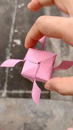 Paper Crafts Origami, Paper Crafts For Kids, Diy Paper, Diy For Kids, Origami Gifts, Simple Paper Crafts, Origami Things, Paper Bag Crafts, Origami Paper Art