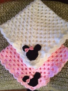 Minnie Mouse dolly crib blanket