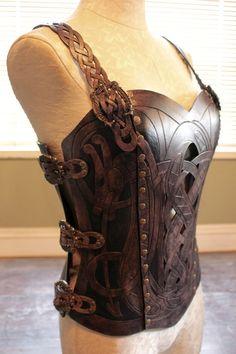 Leather armor corset Viking design celtic dragon por 12Reign