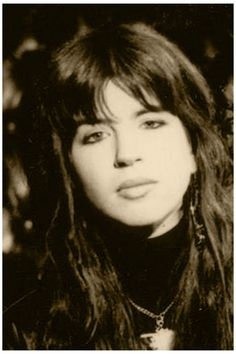 Susanna Hoffs, Michael Steele, Eternal Flame, Pop Rock Bands, Modern Artists, Pop Rocks, Female Singers, Musicals, Bangles