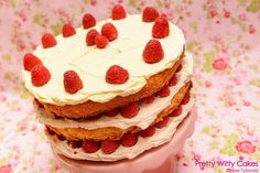 Heh Jo. Your Raspberry Genoise Cake tutorial here. Hope Otis is being cheeky ;) ! https://www.prettywittycakes.co.uk/video-tutorials/raspberry-genoise-layer-cake … pic.twitter.com/d6PimWIU9c