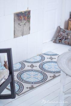 aveo-2521 Decor, Interior, Tiles, Kids Rugs, Home Decor, Interior Details, Blue Inspiration, Inspiration, Interior Inspo