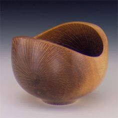 Bob Stocksdale, Double Star Burst 1991 From Jane and Arthur Mason Collection Lathe Projects, Wood Turning Projects, Uses Of Wood, Wood Bowls, Wooden Art, Wood Lathe, Plates And Bowls, Wood Sculpture, Design Crafts